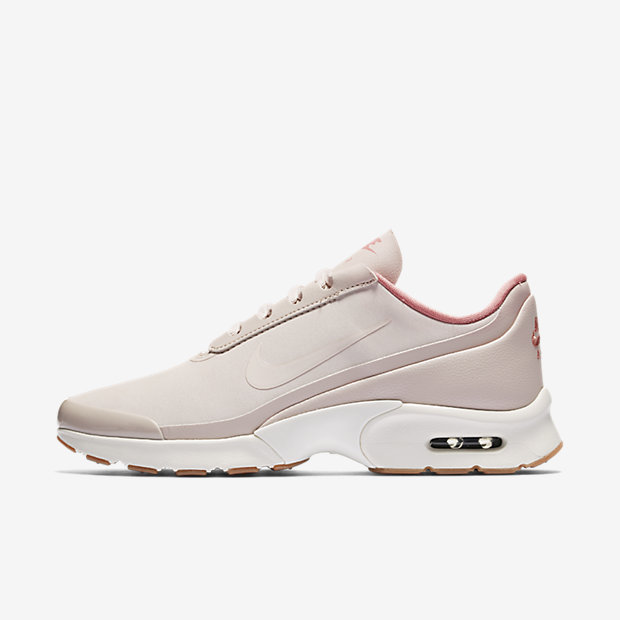 Nike Chrome Blush collectie - © Nike
